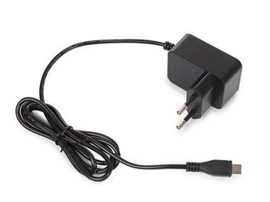 COMPACTE LADER MET USB-AANSLUITING - 5 VDC - 2.5 A max. - 12.5 W max. - zwart (PSS6EUSB39B)
