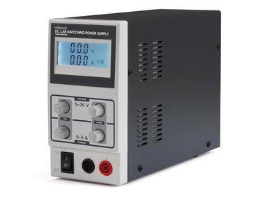 SCHAKELENDE DC-LABOVOEDING 0-30 VDC / 0-5 A MAX MET LCD-SCHERM (LABPS3005SM)