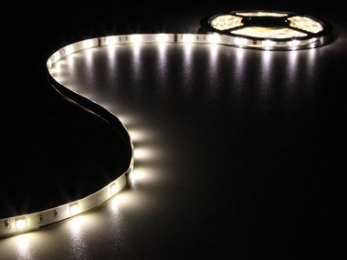 FLEXIBELE LED STRIP - WARM WIT - 150 LEDs - 5m - 12V (LS12M210WWN)