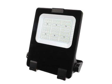PROFESSIONELE LED-SCHIJNWERPER - 60 W - WARMWIT - 3000K (EFL60W30V1)