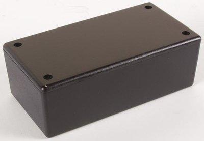 PLASTIC-BEHUIZING---ZWART-130-x-70-x-45mm-(WCAH2853)